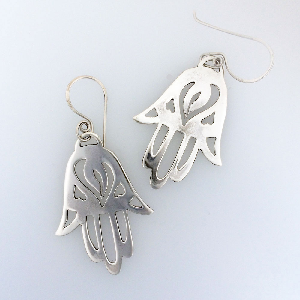 Hamsa Shin Heart Pierced Earrings In Sterling Silver