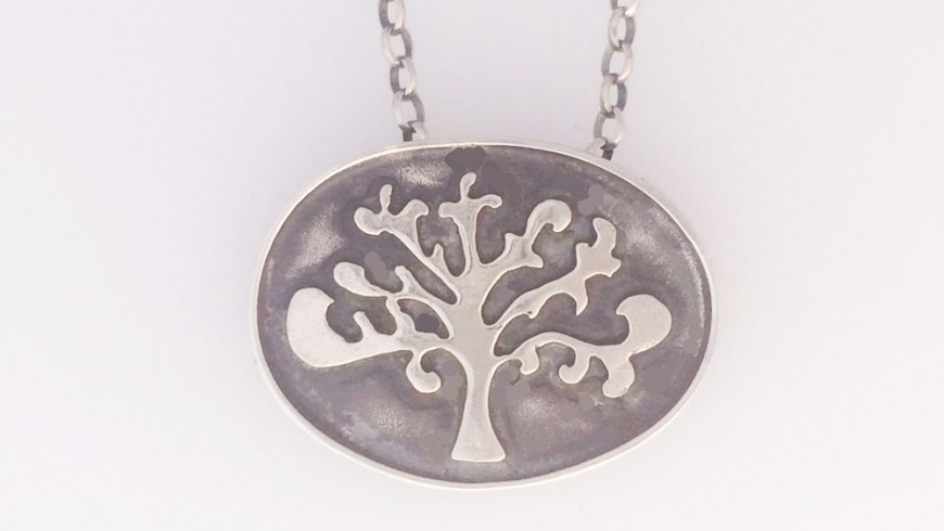 Shin Tree of Life Oval Necklace